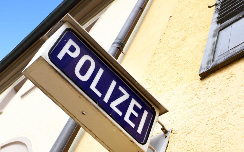 Hilferuf an die Polizei