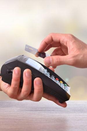 Kontaktlos bezahlen mit RFID und NFC ist modern und gefährlich
